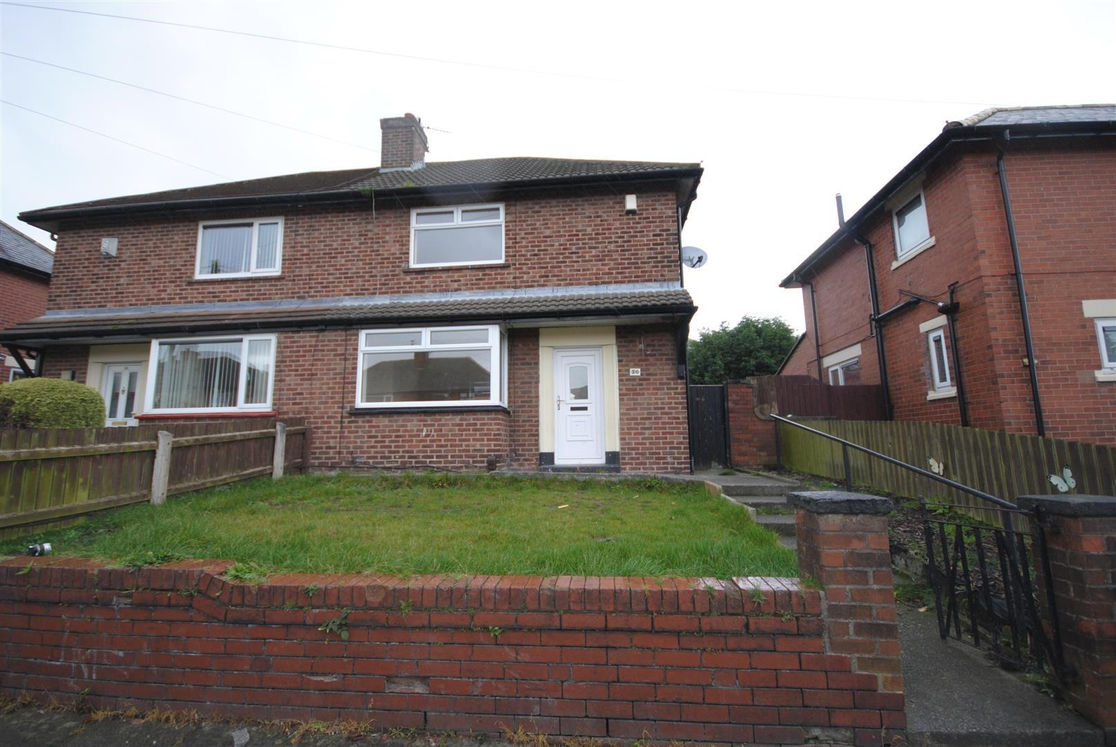 2 Bedrooms Semi Detached House for sale in Hawthorn Avenue, Ashton-In-Makerfield